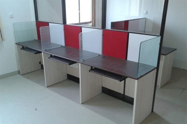 Customize Office Furniture
